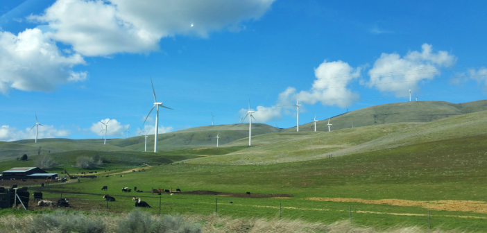 "First Oregon Wind Farm Approved for ""Re-powering"""
