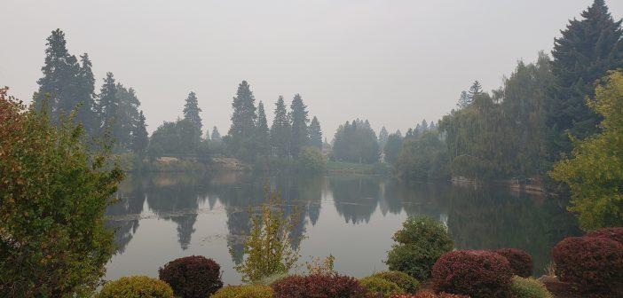 smoke-filled Bend Mirror Pond